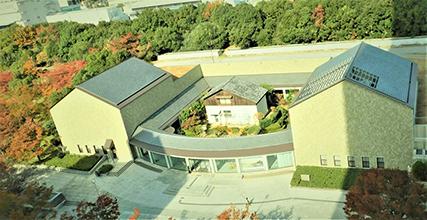 神戸市立小磯記念美術館 外観(俯瞰)