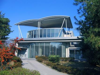 茅ヶ崎市美術館 外観